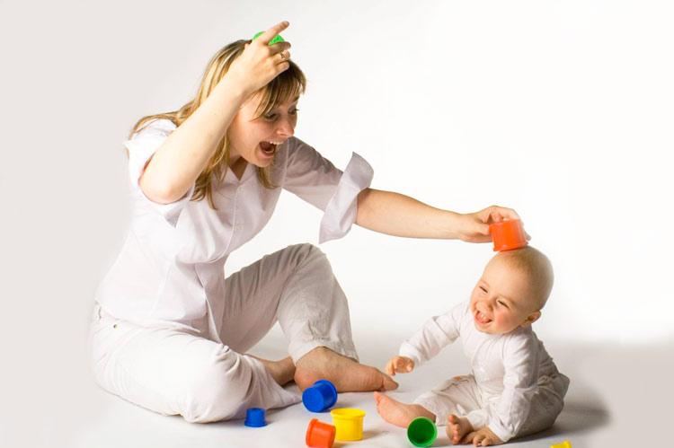 Картинка развитие малыша 6 месяцев с мамой